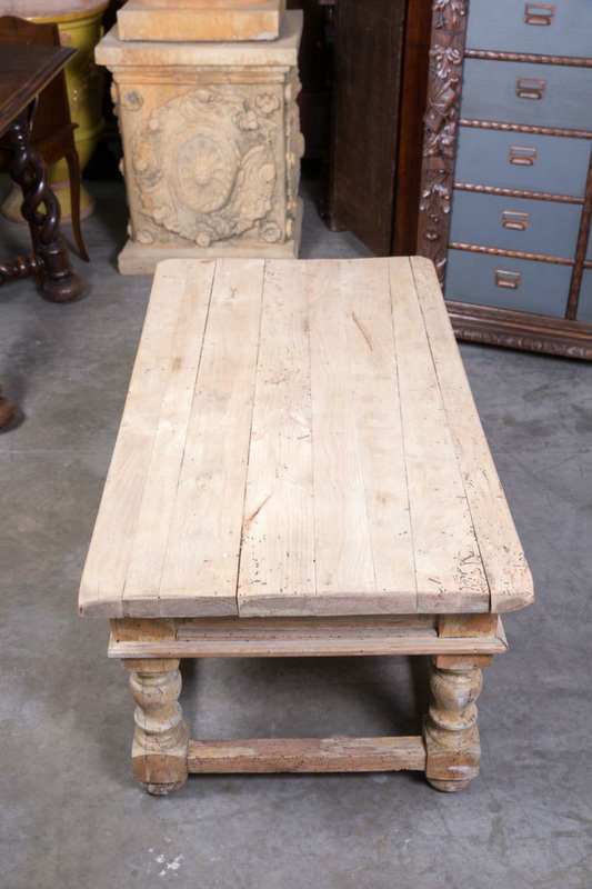COUNTRY FRENCH BLEACHED WOOD COFFEE TABLE WITH DRAWERS